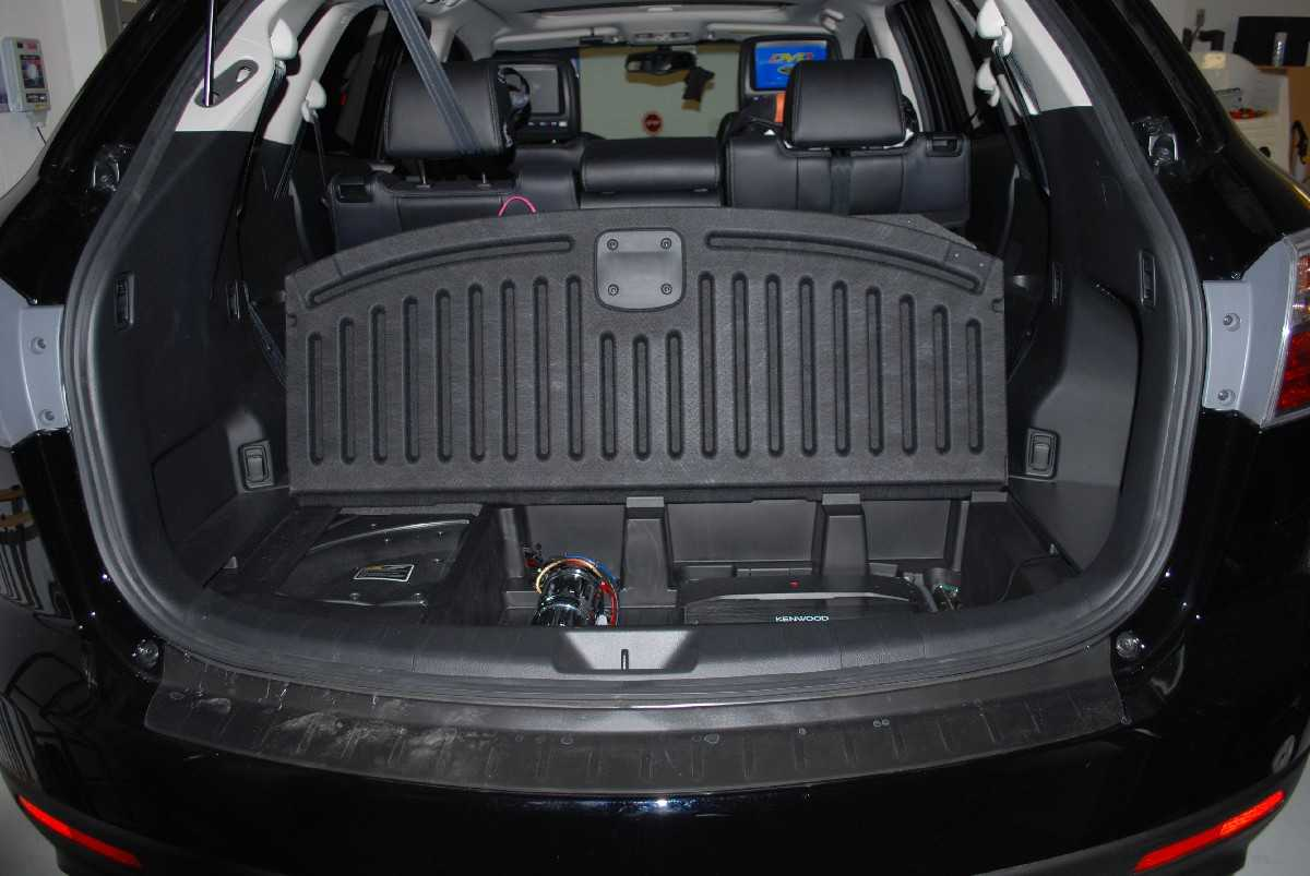 2010 Mazda Cx 9 With Pioneer Avic Z120bt Dvd Headrest Amp Capacitor
