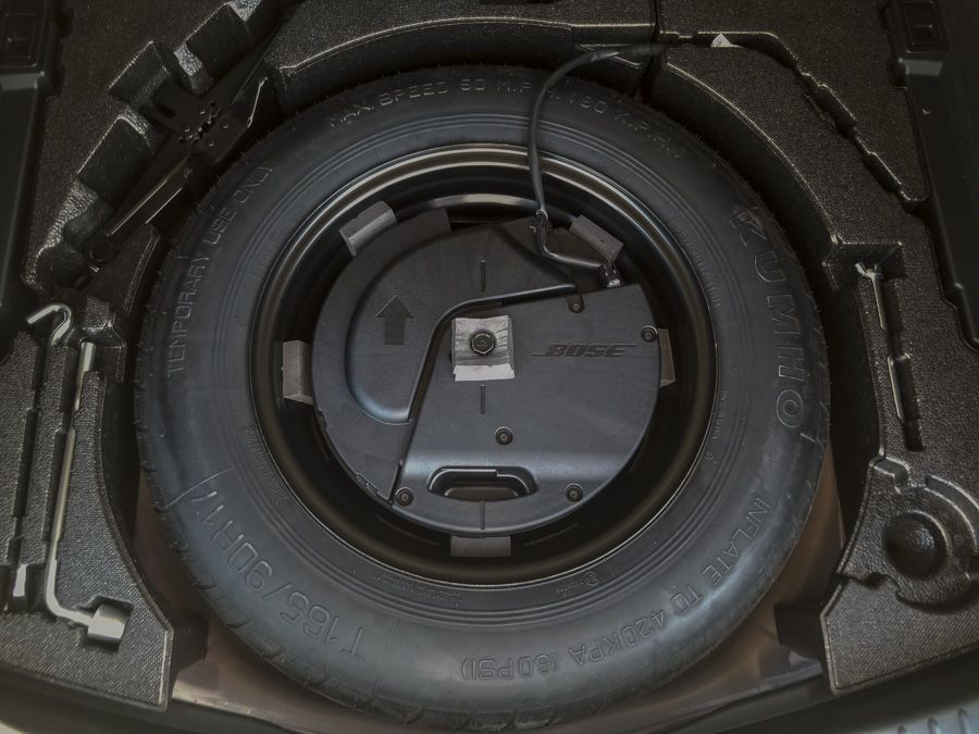 Mazda 165_90R17 Spare Installed 20200614.JPG