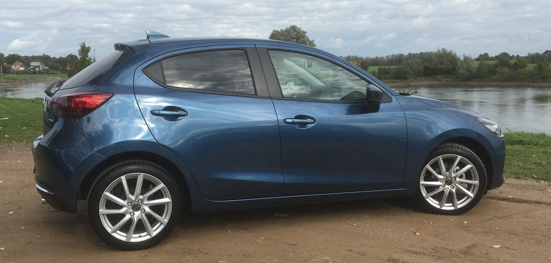 Mazda 2 - 2.JPG