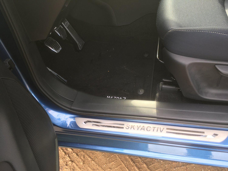 Mazda 2 - 4.JPG